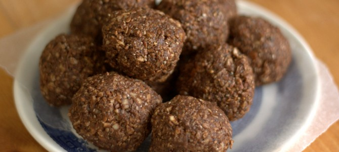 Healthy Chocolate Breakfast Nuggets
